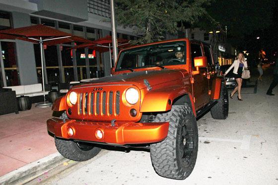 Lebron James New Orange Jeep Wrangler | Celebrity Carz