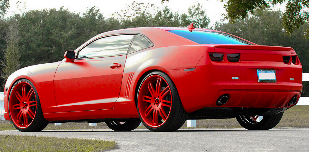 SS car - Color: Red  // Description: amazing