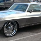 rides-plies-1968-pontiac-grand-pric-chrome-paint-1