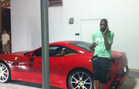 4d4d739f54a0 Kevin Wayne Durant is a forward for the Oklahoma City Thunder. This Olympic  gold medalist and former Rookie Of The Year has chosen one of Ferrari   finest ...