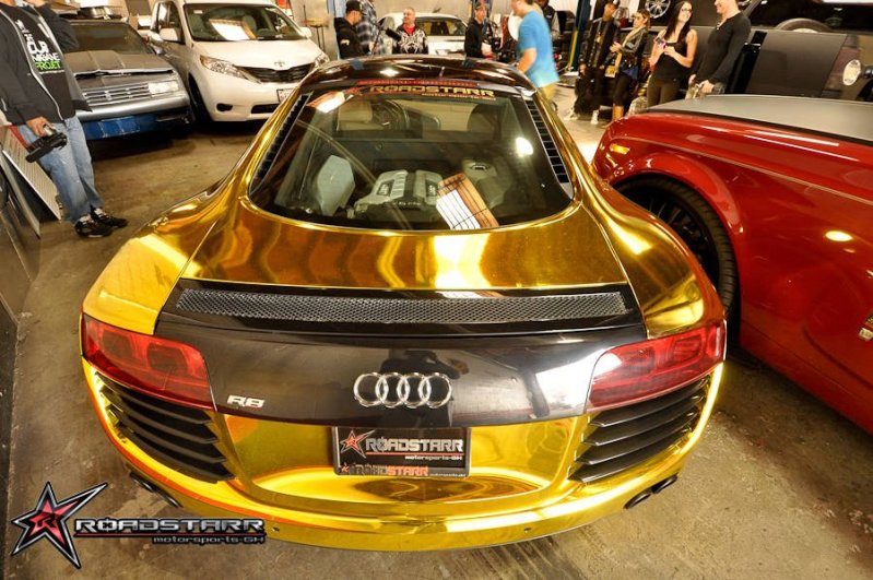 Tyga | Gold Chrome Audi R8 | Celebrity Carz